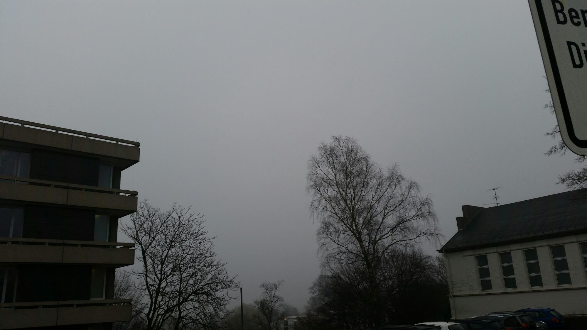 dunkler Nebel